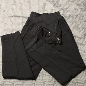Old Navy maternity black slacks size 1 Regular